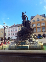 Trautenau, Neptunbrunnen am Marktplatz