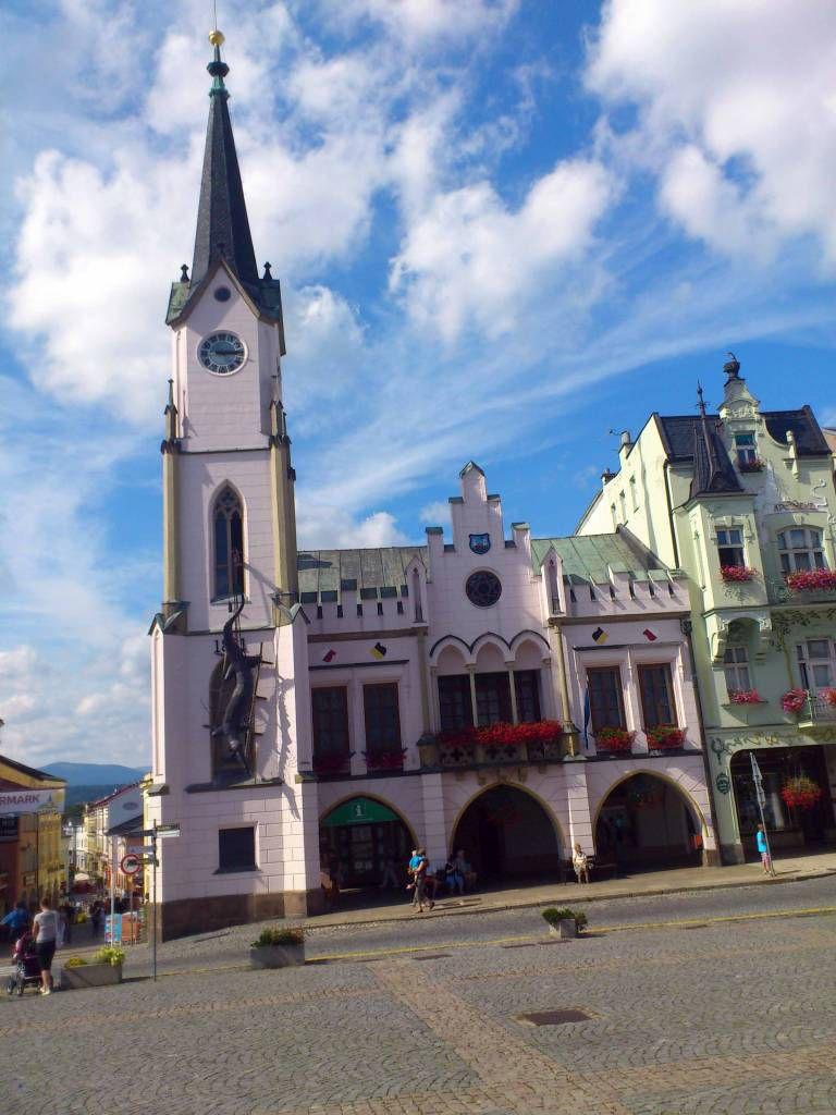 Trautenau, Rathaus am Marktplatz