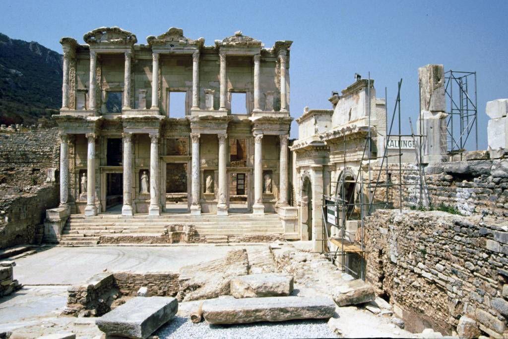 Ephesus, Römische Ausgrabungen, Celsus Bibliothek