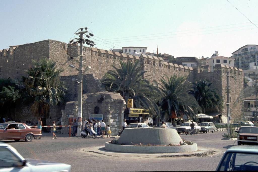 Kuşadasi, Stadtmauer