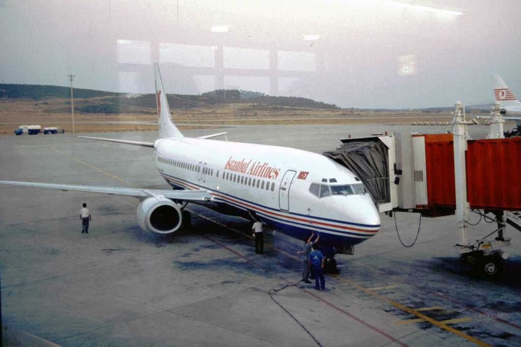 Izmir, Flughafen