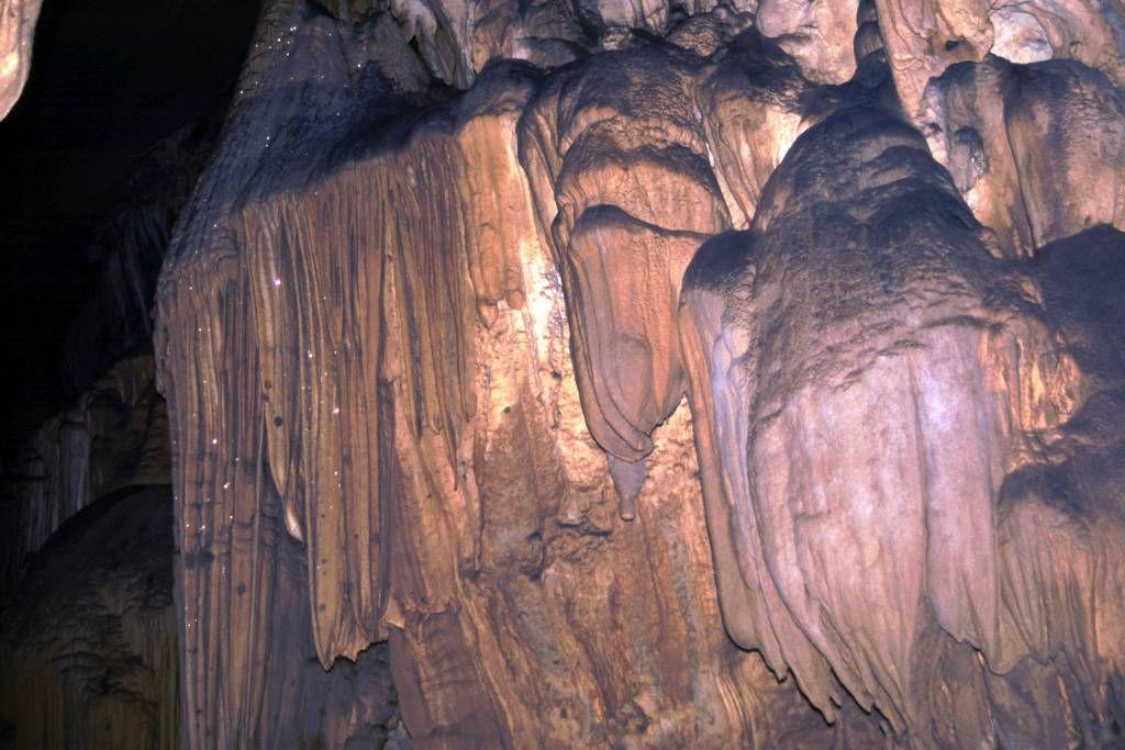 Caripe, die mit 10,2 Km größte Tropfsteinhöhle Südamerikas, die Cueva del Guácharo
