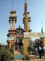 Tempel der Offenbarungsreligion des Cao Dai bei Tan An