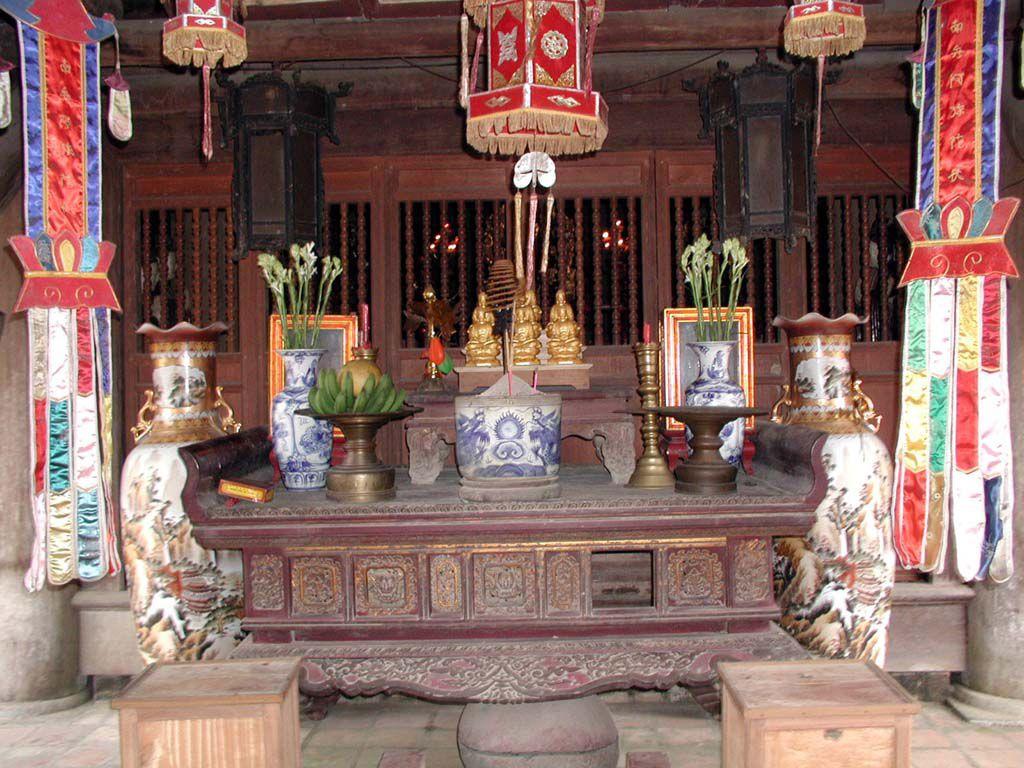 In der But Thap Pagode, 50 Km ostwärts Hanoi / Ha Noi