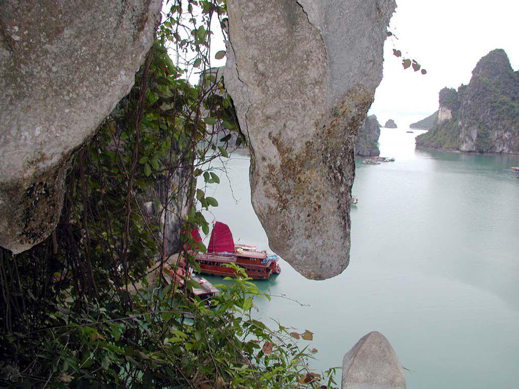 Dschunke in der Ha Long Bucht