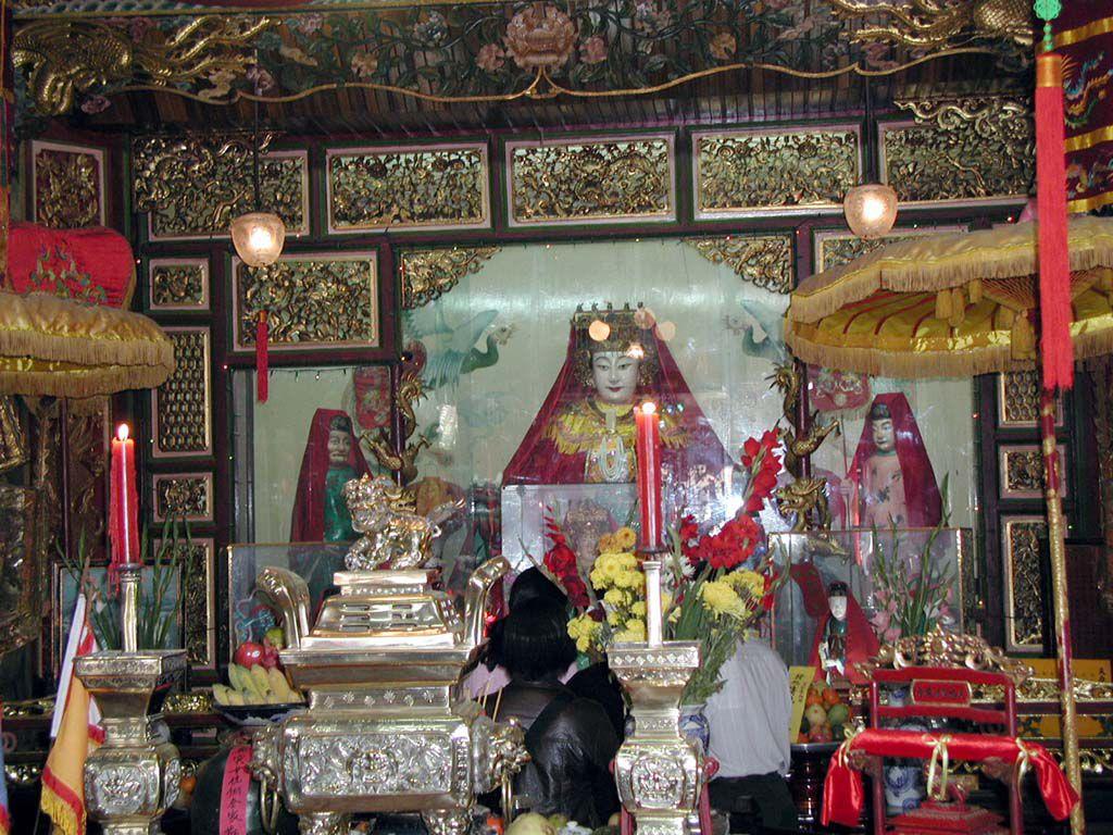 In der Versammlungshalle der Fujian Chinesen von Hoi An