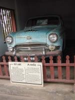 Ein berühmtes Auto. Mit ihm fuhr der erste Mönch, der sich verbrannte, 1963 nach Saigon / Sai Gon