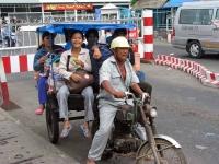 Vinh Long, Abholung von der Mekong Fähre