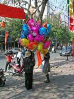 Hanoi / Ha Noi, Luftballonverkäufer6
