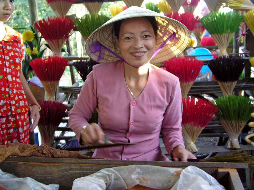 Nahe Hue, Räucherstäbchenherstellung