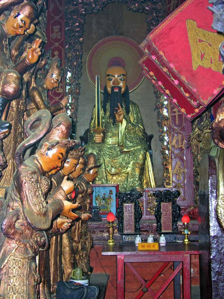 Saigon, in der Pagode des Jadekaisers, der Ngoc Hoa Pagode