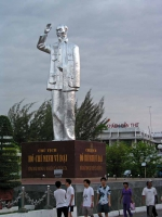 Can Tho, silberne Ho Chi Minh Statue