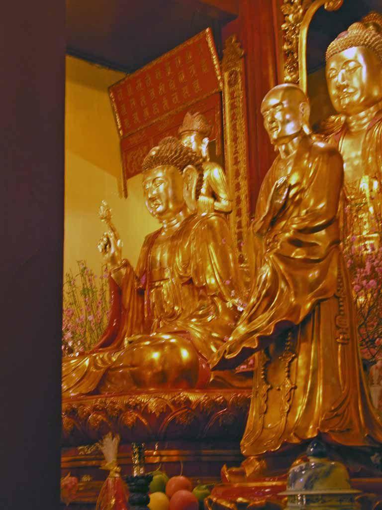 Hanoi, Quan Su Pagode
