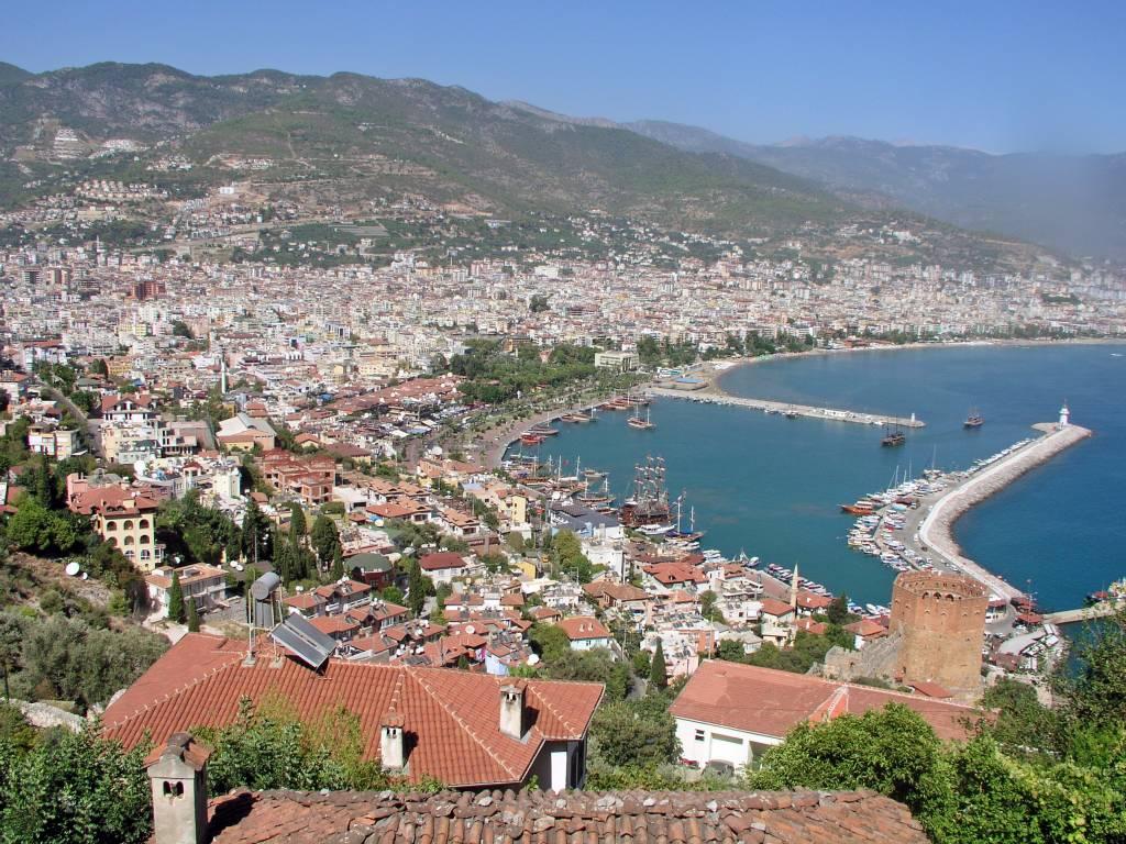 Antalya, Aussicht über Stadt und Hafen