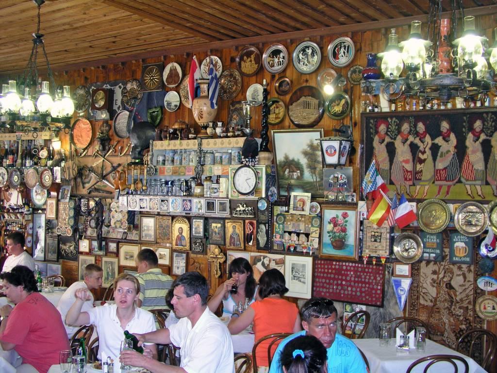 Kalampáka, Restaurant